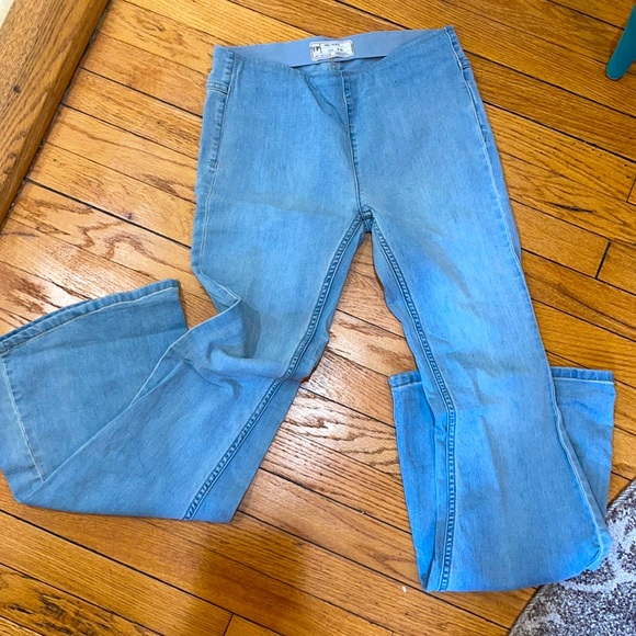 FREE PEOPLE PENNY PULL ON FLARE JEANS SIZE 26